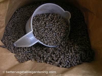 Pelleted poultry manure