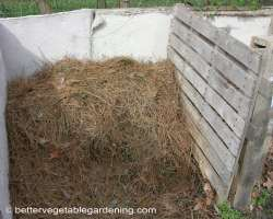 Photo of pine-straw-mulch-storage-bin